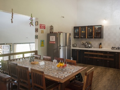 Dala Mare - Kitchen & Dinning Area
